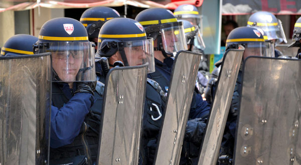 Plastrance also provides the security forces with safety glazing for CRS visors and riot shields.