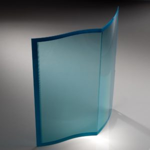 Protective cover made of blue smoked PMMA for the medical sector